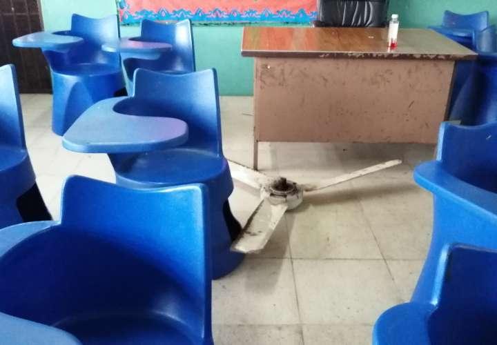 El abanico quedó en el piso