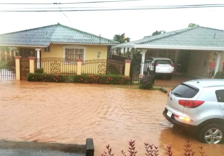 Más de una decena de casas afectadas por inundaciones