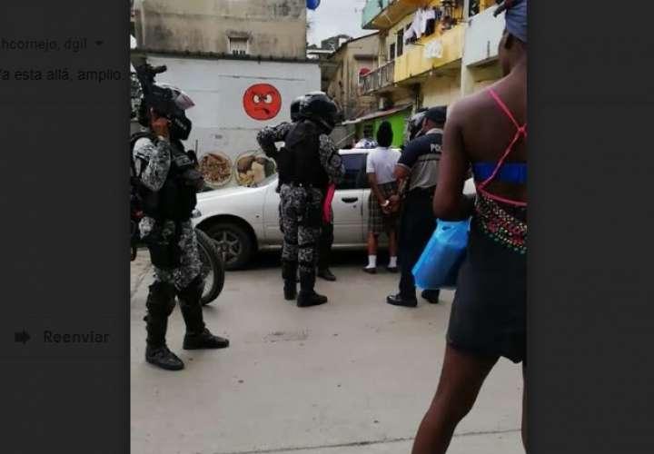 Detienen a estudiante tras balacera cerca de colegio en Colón
