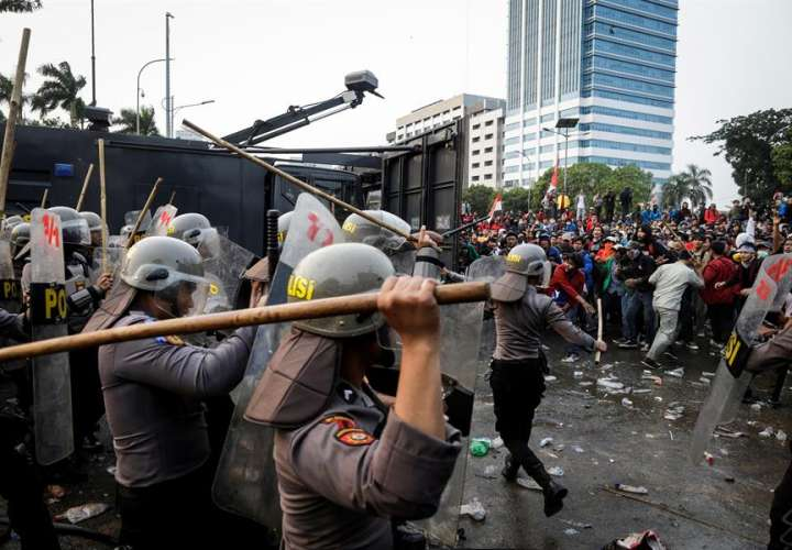 Nuevas manifestaciones contra regresiva reforma del Código Penal en Indonesia