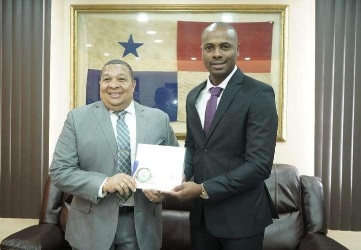 Saladino, actual director técnico del Instituto Panameño de Deportes. Foto: Pandeportes