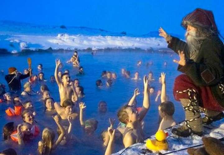 En lugar de Santa Claus, los 13 hermanos gnomos bajan de las montañas 13 días antes de Navidad. AP