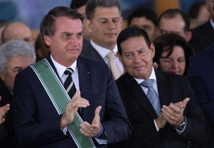 Bolsonaro se inspira en Trump y explota redes sociales para gobernar en Brasil