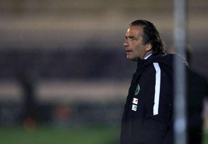 Juan Antonio Pizzi trata de 'dar armas futbolísticas' a Arabia Saudí para Rusia