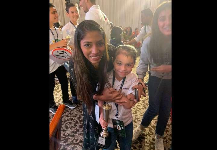 Niña panameña gana el primer lugar en concurso internacional de cálculo mental