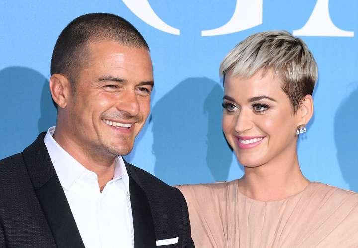 Katy Perry se comprometió con Orlando Bloom en San Valentín