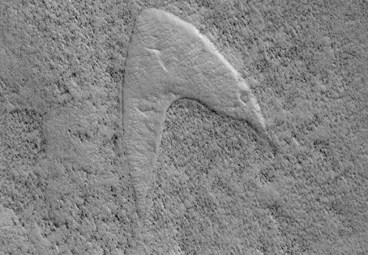 NASA capta imagen del logo de Star Trek en Marte ¿Casualidad?