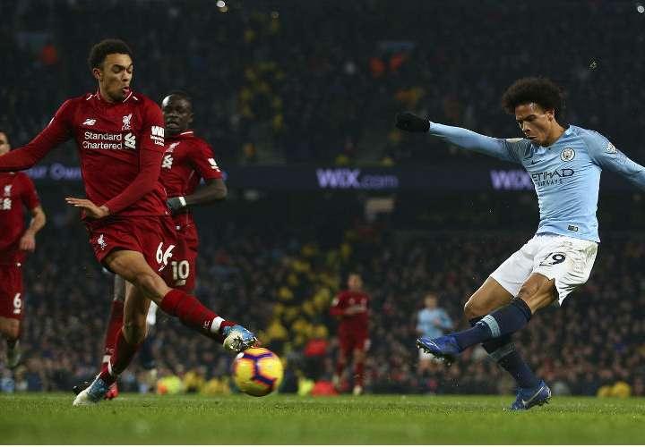 Manchester City le quita el invicto al Liverpool