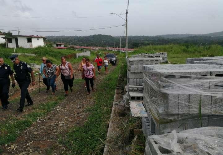 Dan plazo de seis meses a Miviot para entregar casas de proyecto Mastranto