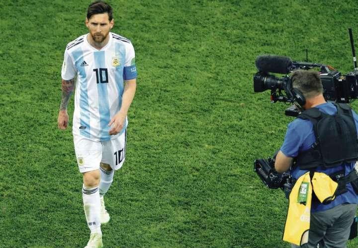 La Asociación de Fútbol Argentino (AFA) no ha dado una versión oficial del caso de Messi.