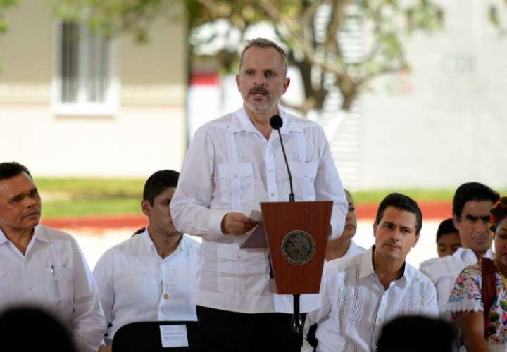 Miguel Bosé se muda de Panamá después de cuatro años