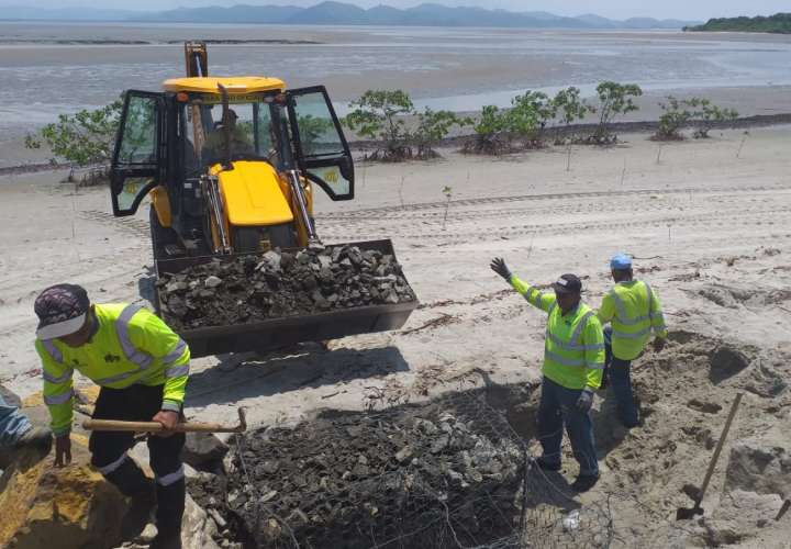 Contraloría reanuda inspecciones de obras estatales