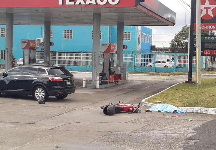 Muere motorizado en una colisión en la avenida José Agustín Arango  [Video]