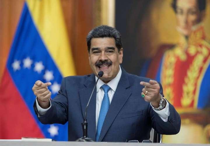 Maduro augura cárcel para Guaidó y alista su defensa contra Brasil y Colombia