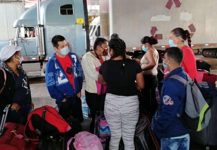 Primer grupo de nicaragüenses viajan con rumbo a su país
