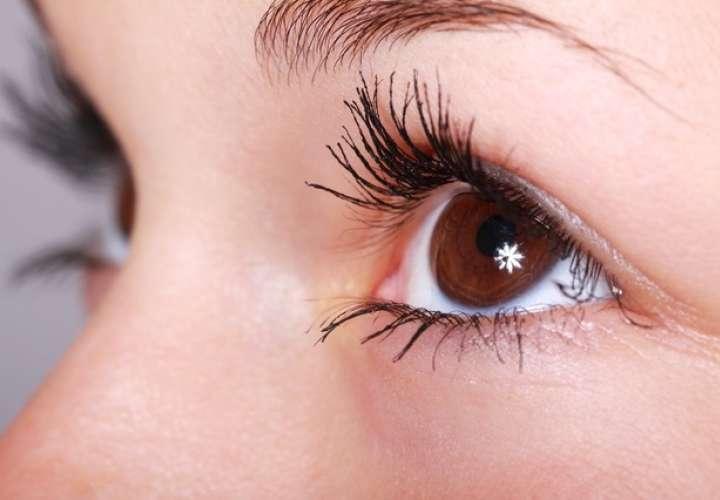 Ojo seco es una afectación que aqueja a mujeres durante la menopausia