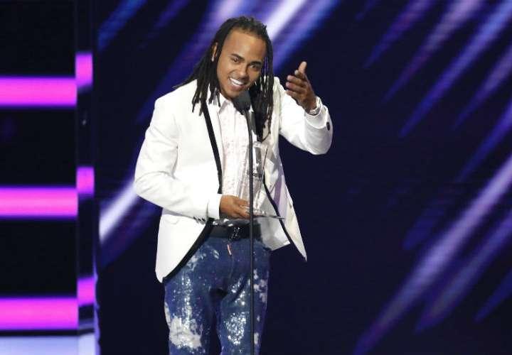Ozuna, artista latino del año de los Billboard Music Awards