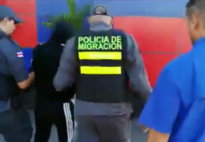 Costa Rica deporta a panameño buscado por homicidio
