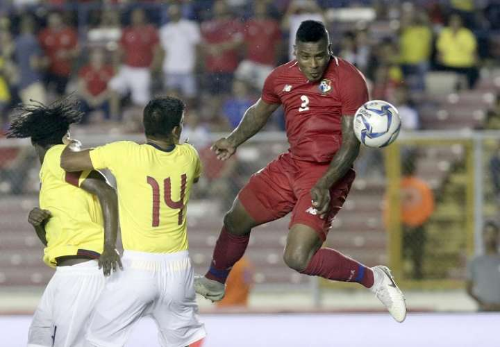 Harold Cummings marcó el gol del empate temporal para Panamá. /AP