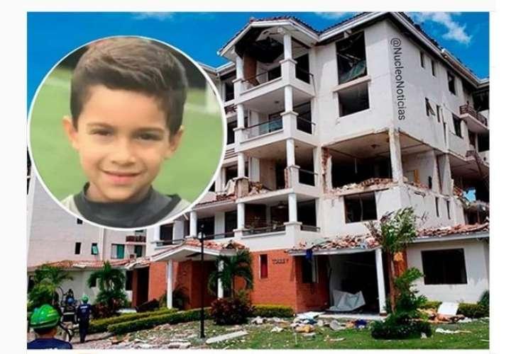 Despierta y con buen ánimo, pequeño sobreviviente de explosión en Costamare