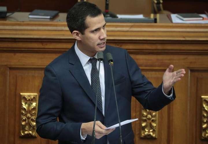 Presidente del Parlamento pide ayuda  para tomar mando en Venezuela