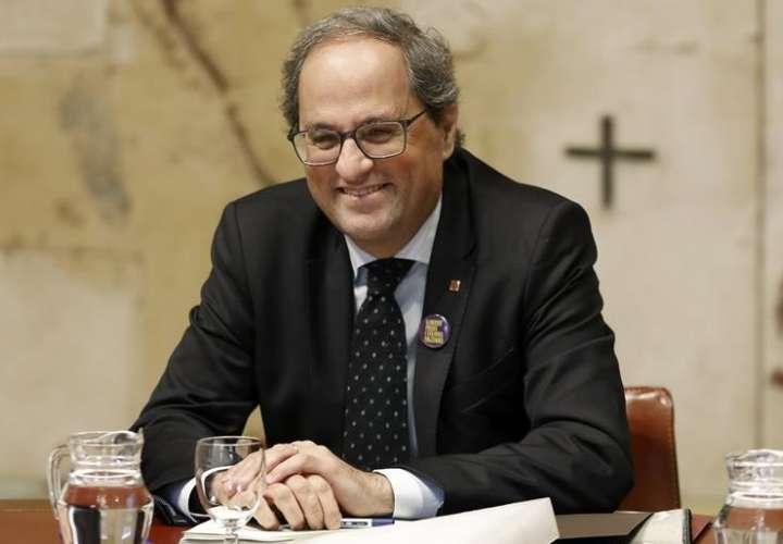 Gobierno español se reunirá en Barcelona en medio de una creciente tensión