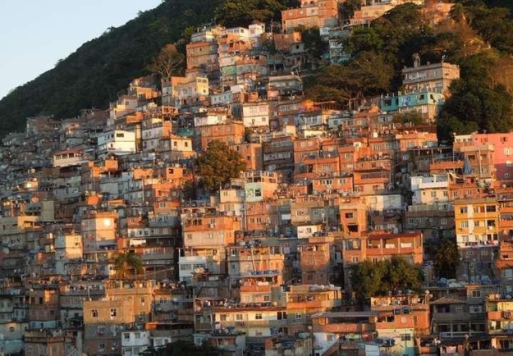 Encuentran en favela de Río a modelo desaparecida hace 1 año en Nueva York