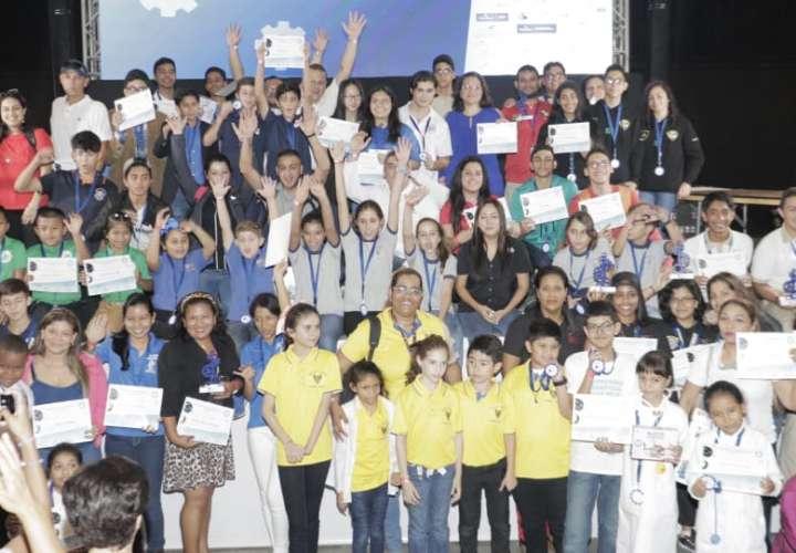 Estos equipos representarán a Panamá en Olimpiada de Robótica en Hungría