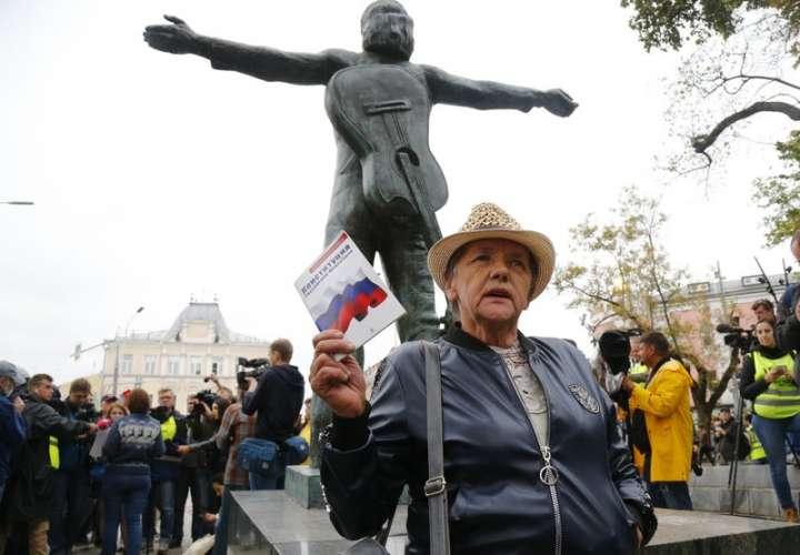 Exigen elecciones libres en Moscú