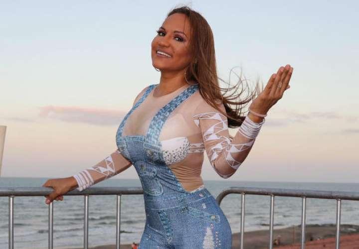 ¡Ayala vida! Le dedican tema burlesco a Sandra por el revulú en Tonosí