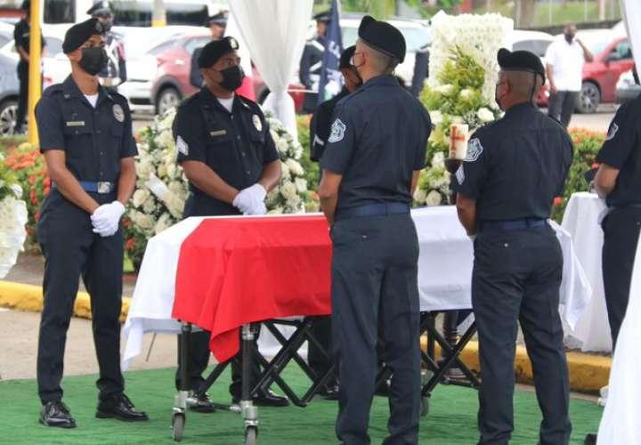 ¡Hasta pronto héroe! Despiden a policía asesinado en Felipillo  [Video]