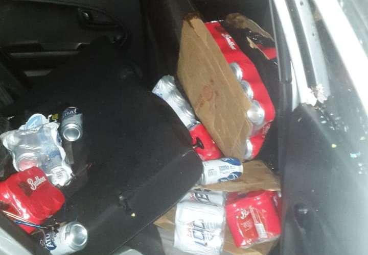 Persecución a taxista y decomiso de cervezas