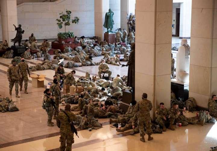 Amplían a más de 20.000 el número de soldados para la investidura de Biden