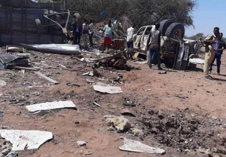 2 muertos, 20 heridos en ataque suicida en Somalia