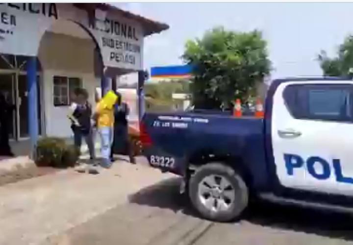 Atrapan a tercer sospechoso en el asesinato de dueña de cantina (Video]