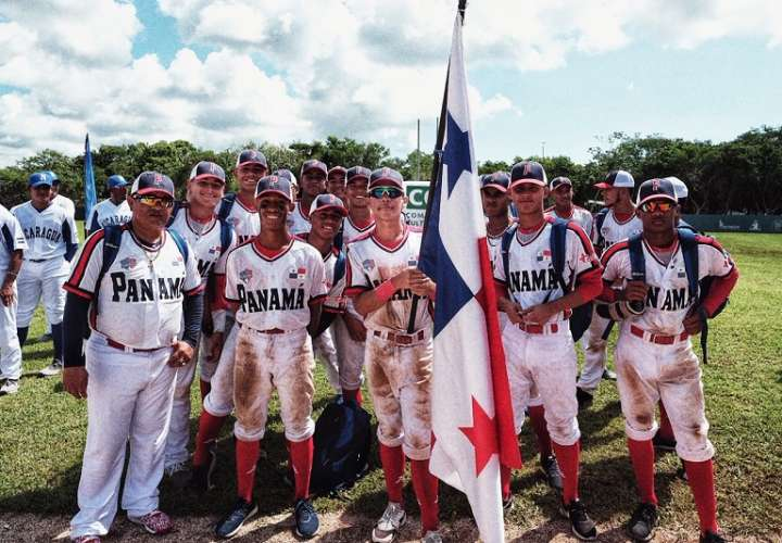 Panamá golpea al 'gigante' Estados Unidos y jugará la gran final del U15