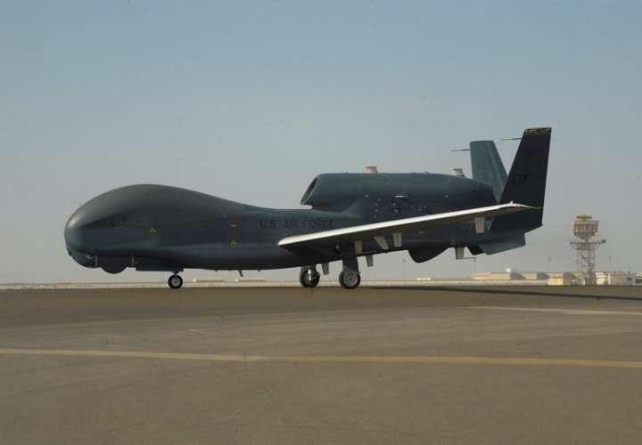 Derribo de un dron en el golfo Pérsico eleva la tensión entre Irán y EEUU