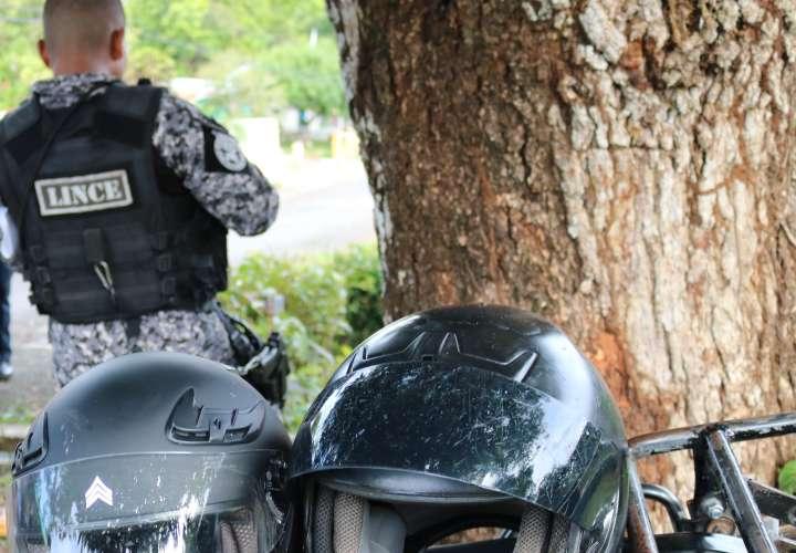Agreden a policías que intentaban frenar caso de violencia doméstica en Veraguas