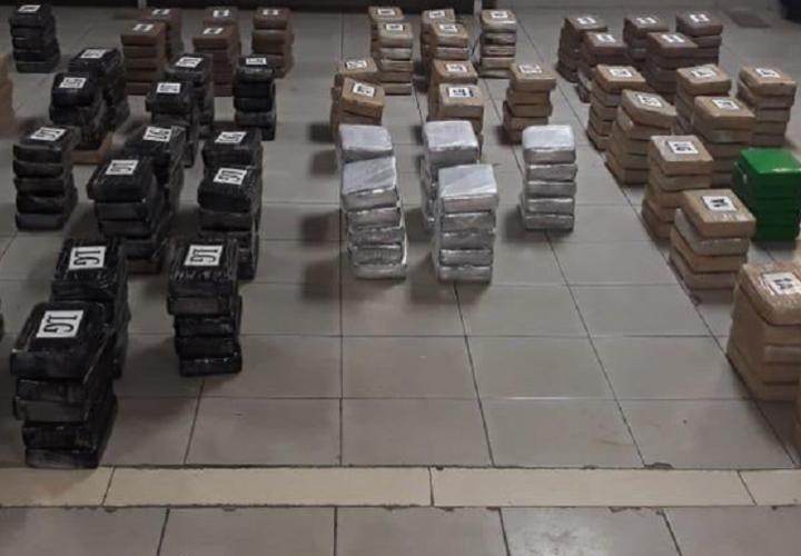 Le meten 8 años de prisión a hondureños por traficar cocaína en velero