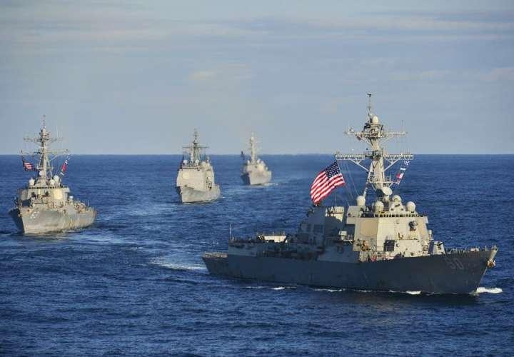 """Venezuela denuncia """"ingreso furtivo"""" en sus aguas de buque de guerra de EEUU"""