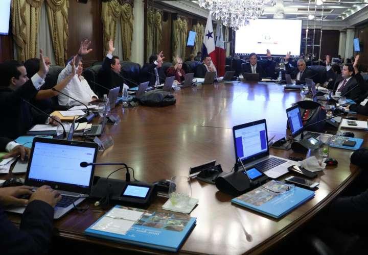 Designan a nuevos miembros para la Junta Directiva del Canal de Panamá