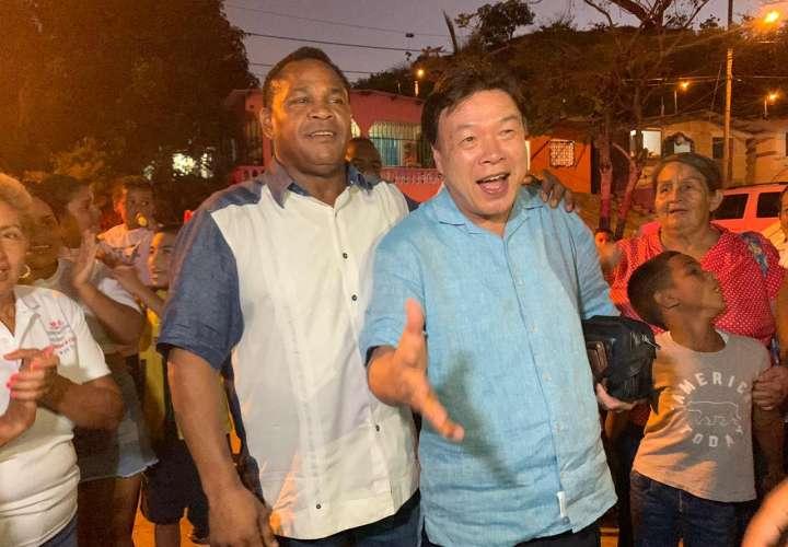 Excampeón surcoreano regresa a Panamá y se reúne con Carrasquilla