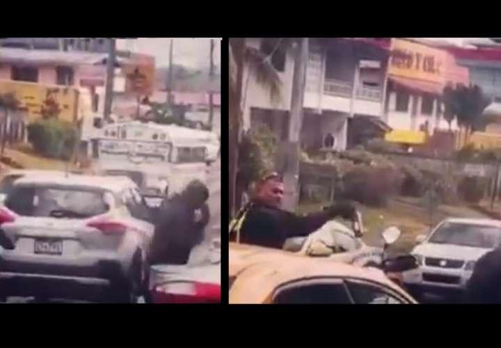 Policía de Tránsito rocía bombero con gas pimienta; entidad se pronuncia