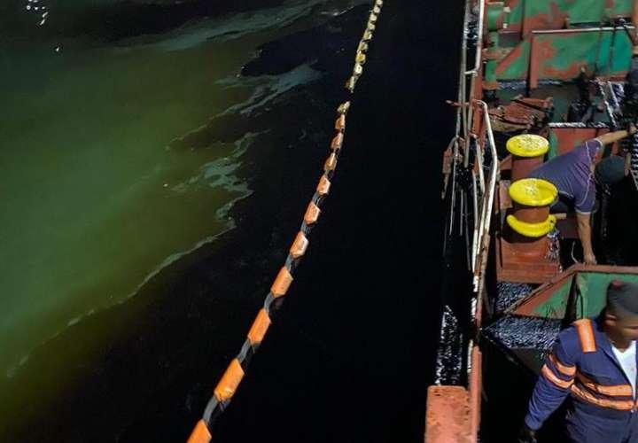 MiAmbiente atiende reporte de derrame de combustible en puerto Rodman