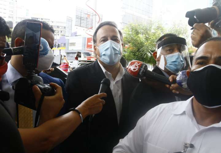 Varela no responde a preguntas de los periodistas por caso Odebrecht
