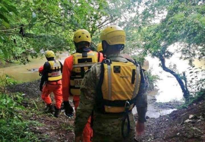 ¡Tragedia! Cabeza de agua arrastra más de 10 personas mientras dormían