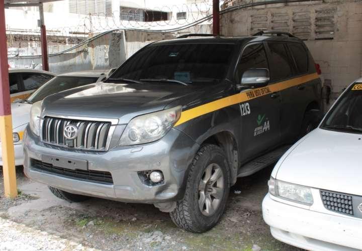 """Contraloría retiene auto usado en la """"party"""" del Aseo"""