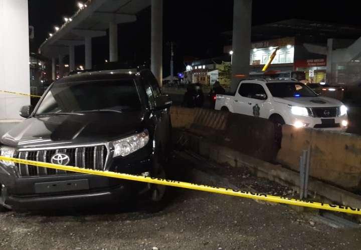 Persecución y lluvia de balas entre dos conductores en la 24 (Video)
