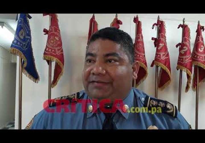 Embedded thumbnail for Siguen las evaluaciones en Costamare, dicen los bomberos