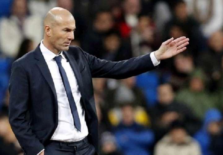 Zidane se encuentra en estos momentos sin equipo después de que el francés abandonase el Real Madrid. Foto: EFE